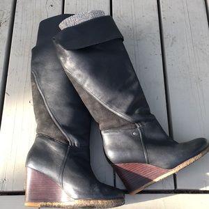 UGG tall boot wedge black 7.5